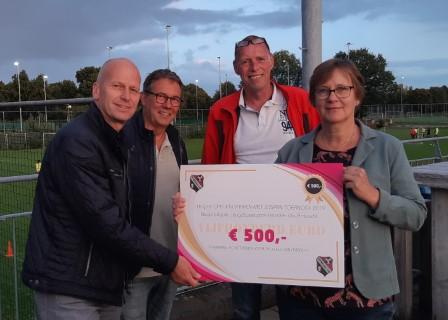 IFC-veteranen Cees, Aad en Gerard met Trees Dammer